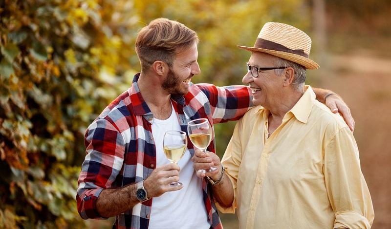 Ein Höhepunkt im Beruf als Sommelier ist der Besuch auf einem Weingut. (#4)