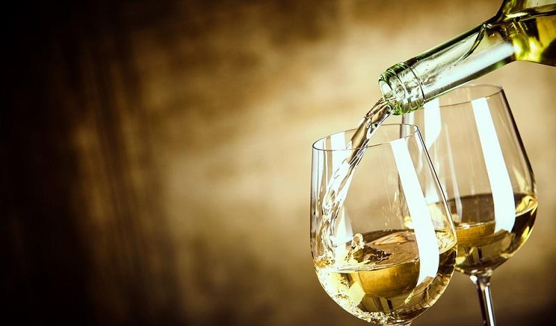 Der schönste aller Genüsse: Ein Glas gekühlter Weißwein. (#1)