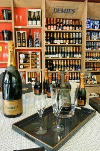 Pommery Champagne Royal Generell gilt der Pommery als besonders edel und steht dem Dom Perignon in nichts nach.