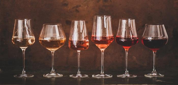 Weinerlebnisse zuhause: Die besten Tipps zur Weinverkostung daheim ( Foto: Shutterstock- Foxys Forest Manufacture )